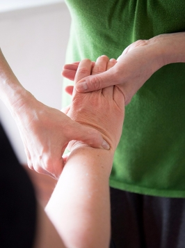 bowen-wrist